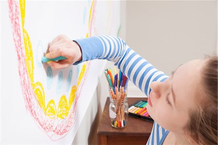 drawing - Girl drawing on wall Stock Photo - Premium Royalty-Free, Code: 614-06974384