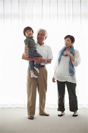 Three generation family, portrait Stock Photo - Premium Royalty-Free, Code: 614-07031639