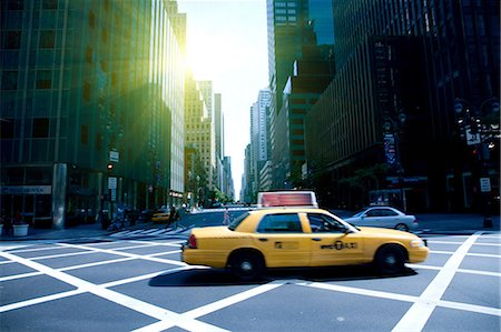 street - Yellow cab on grid, New York, New York State, USA Stock Photo - Premium Royalty-Free, Code: 614-07145753