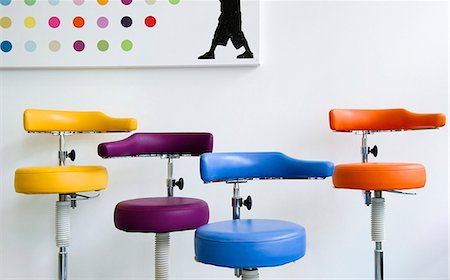 Group of dental stools in clinic Stock Photo - Premium Royalty-Free, Code: 614-07194614