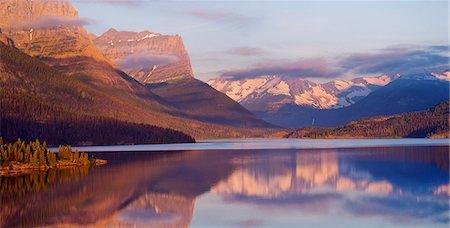 St Mary Lake, Glacier National Park, Montana, USA Stock Photo - Premium Royalty-Free, Code: 614-07239913