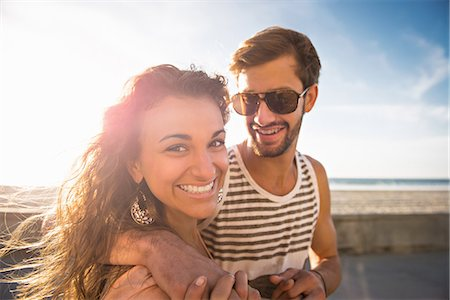 dark glasses - Young couple at San Diego beach Stock Photo - Premium Royalty-Free, Code: 614-07240077