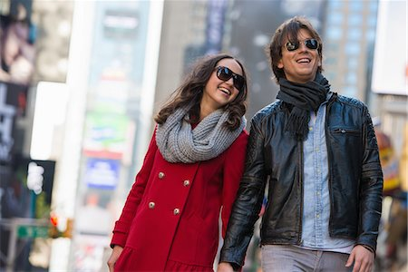 Young tourist couple holding hands, New York City, USA Stock Photo - Premium Royalty-Free, Code: 614-07444075
