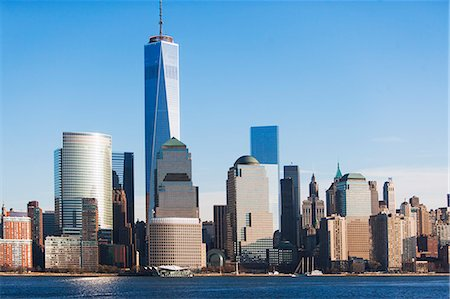 Manhattan cityscape and river, New York, USA Stock Photo - Premium Royalty-Free, Code: 614-07443982