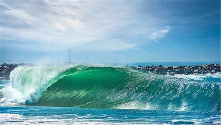 spot (dirt mark) - The Wedge surf spot, Newport beach, California, USA Stock Photo - Premium Royalty-Free, Code: 614-07806082