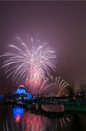 View of fireworks in mist at Fire on Ice Festival, Montreal, Quebec, Canada Stock Photo - Premium Royalty-Free, Code: 614-08030642