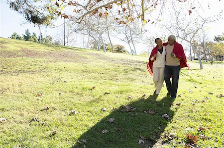 Husband and wife taking walk, Hahn Park, Los Angeles, California, USA Stock Photo - Premium Royalty-Free, Code: 614-08030808