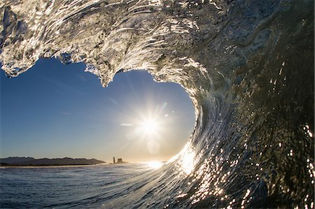splash - Barrelling wave, close-up, Hawaii Stock Photo - Premium Royalty-Free, Code: 614-08119764