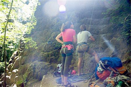 Friends rock climbing, French's Dome, Zig Zag, Oregon, USA Stock Photo - Premium Royalty-Free, Code: 614-08270147