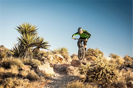 Mountain biker, Las Vegas, Nevada, USA Stock Photo - Premium Royalty-Free, Code: 614-08307624