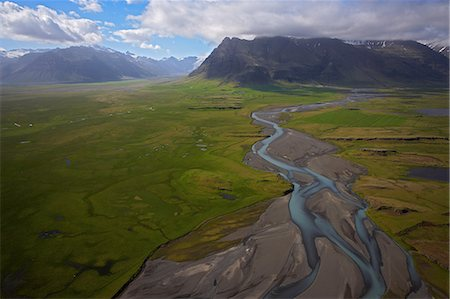 Elevated view of glacial river, South Iceland Stock Photo - Premium Royalty-Free, Code: 614-08875048