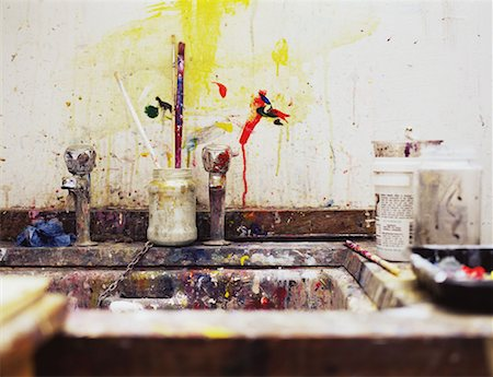 Sink in an art class Stock Photo - Premium Royalty-Free, Code: 614-00809391