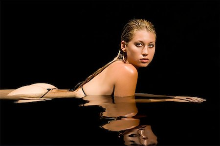 Sexy woman in water Stock Photo - Premium Royalty-Free, Code: 614-00914112