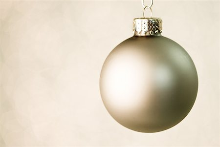 Christmas bauble Stock Photo - Premium Royalty-Free, Code: 614-02259737