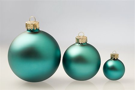 Chrtistmas baubles Stock Photo - Premium Royalty-Free, Code: 614-02394207