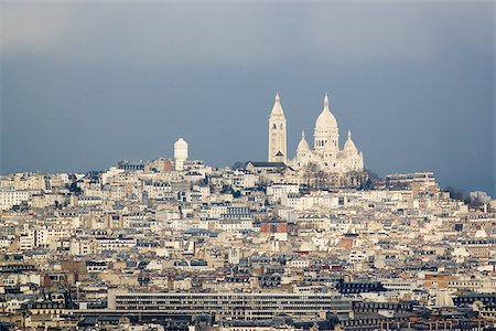 Montmartre and sacre coeur paris Stock Photo - Premium Royalty-Free, Code: 614-02613688