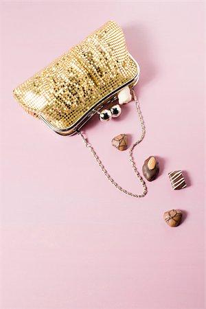 Chocolates in a handbag Stock Photo - Premium Royalty-Free, Code: 614-02838637