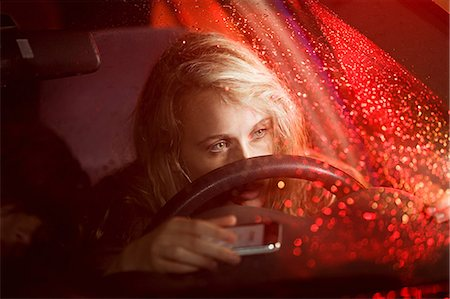 dangerous accident - Young woman in car accident Stock Photo - Premium Royalty-Free, Code: 614-03241415