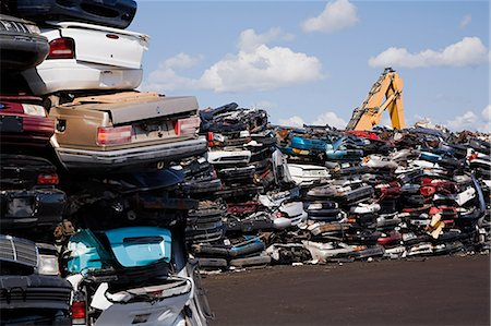 Cars in scrap yard Stock Photo - Premium Royalty-Free, Code: 614-03393908