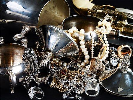 expensive jewelry - Jewelry and silverware Stock Photo - Premium Royalty-Free, Code: 614-03468730