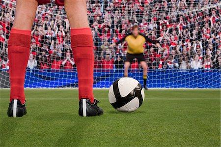 soccer player (male) - Goalkeeper anticipating free kick Stock Photo - Premium Royalty-Free, Code: 614-03647723