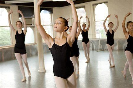 Ballerinas dancing Stock Photo - Premium Royalty-Free, Code: 614-03684373