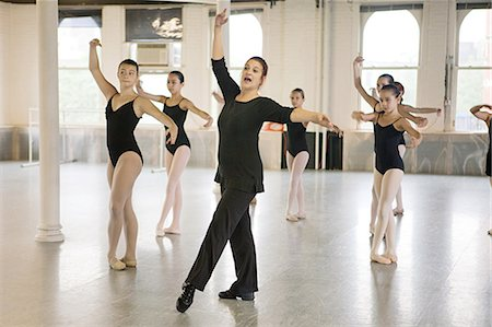 Teacher and ballet dancers Stock Photo - Premium Royalty-Free, Code: 614-03684439
