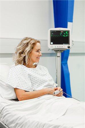 Mature female patient Stock Photo - Premium Royalty-Free, Code: 614-03783635