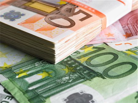 Pack of euros Stock Photo - Premium Royalty-Free, Code: 618-05450952