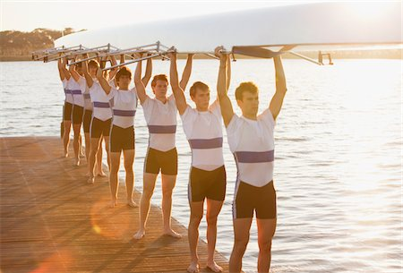 Full length of men holding canoe Stock Photo - Premium Royalty-Free, Code: 618-05761601