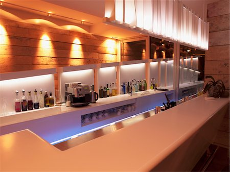 Bar counter in luxury hotel Stock Photo - Premium Royalty-Free, Code: 618-05761674