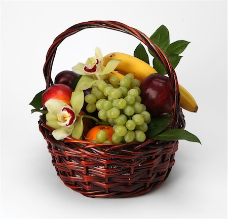 A basket of fruit and flowers Stock Photo - Premium Royalty-Free, Code: 618-05761947
