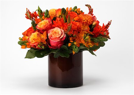 A bouquet of flowers in a vase Stock Photo - Premium Royalty-Free, Code: 618-05761951