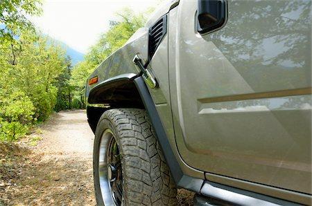 Four wheels drive car on mountain dirt Stock Photo - Premium Royalty-Free, Code: 618-05799644