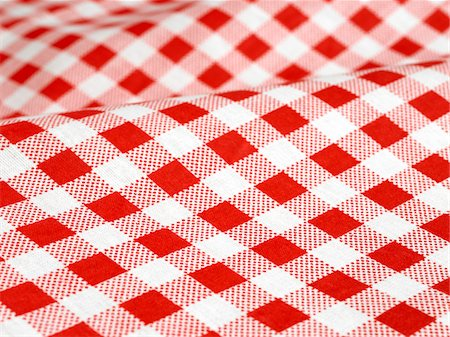 Checked tablecloth Stock Photo - Premium Royalty-Free, Code: 618-06052286