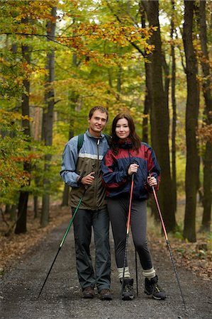 Young couple on walking trail Stock Photo - Premium Royalty-Free, Code: 618-06318630