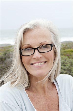 Portrait Of Happy Senior Woman Stock Photo - Premium Royalty-Free, Code: 618-06436499