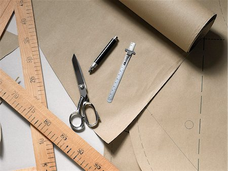 drawing - Sewing tools Stock Photo - Premium Royalty-Free, Code: 618-06436534