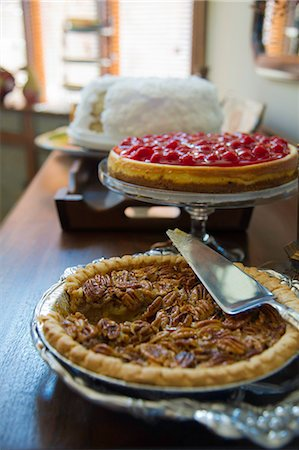 Southern desserts Stock Photo - Premium Royalty-Free, Code: 618-06503897