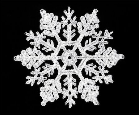 decoration pattern - Snowflake on black Stock Photo - Premium Royalty-Free, Code: 618-06538790