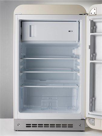 fridge - Empty Fridge Stock Photo - Premium Royalty-Free, Code: 618-06538962