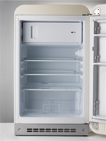 fridge - Empty Fridge Stock Photo - Premium Royalty-Free, Code: 618-06538962