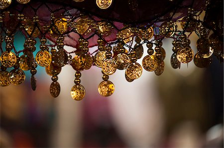 Moroccan crafts hanging at the market Stock Photo - Premium Royalty-Free, Code: 618-06818240