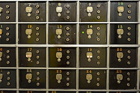 repeating - Numbered safe at bank Stock Photo - Premium Royalty-Free, Code: 618-06836874