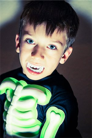 Boy wearing a Halloween costume. Stock Photo - Premium Royalty-Free, Code: 618-07457992