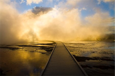 scenic - Boardwalk in Yellowstone Hot Springs Stock Photo - Premium Royalty-Free, Code: 618-07458454
