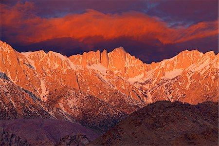 extreme terrain - Mt. Whitney Sunrise, California Stock Photo - Premium Royalty-Free, Code: 618-08063716