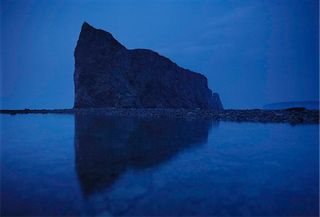 solid - Perce rock at twilight Stock Photo - Premium Royalty-Free, Code: 618-08389130