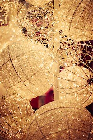 Details of Christmas tree decoration Stock Photo - Premium Royalty-Free, Code: 618-08389210