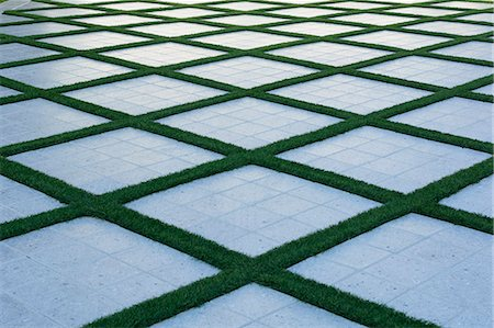 pattern - Walkway with geometric patterns made with grass Stock Photo - Premium Royalty-Free, Code: 618-08509988